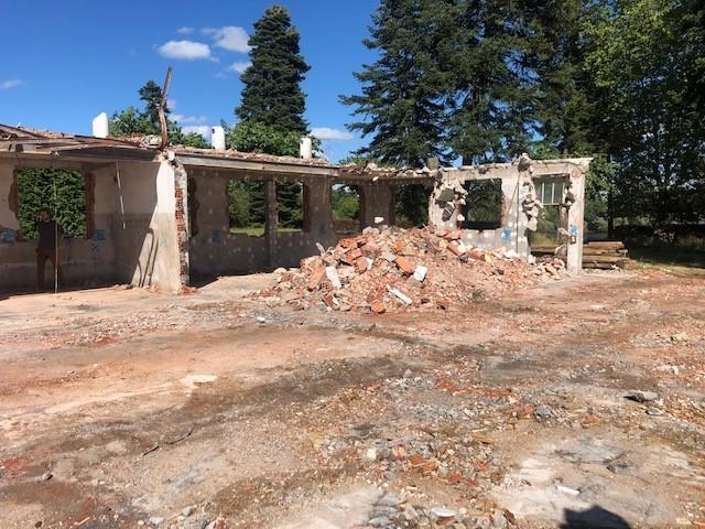 demolition-avant